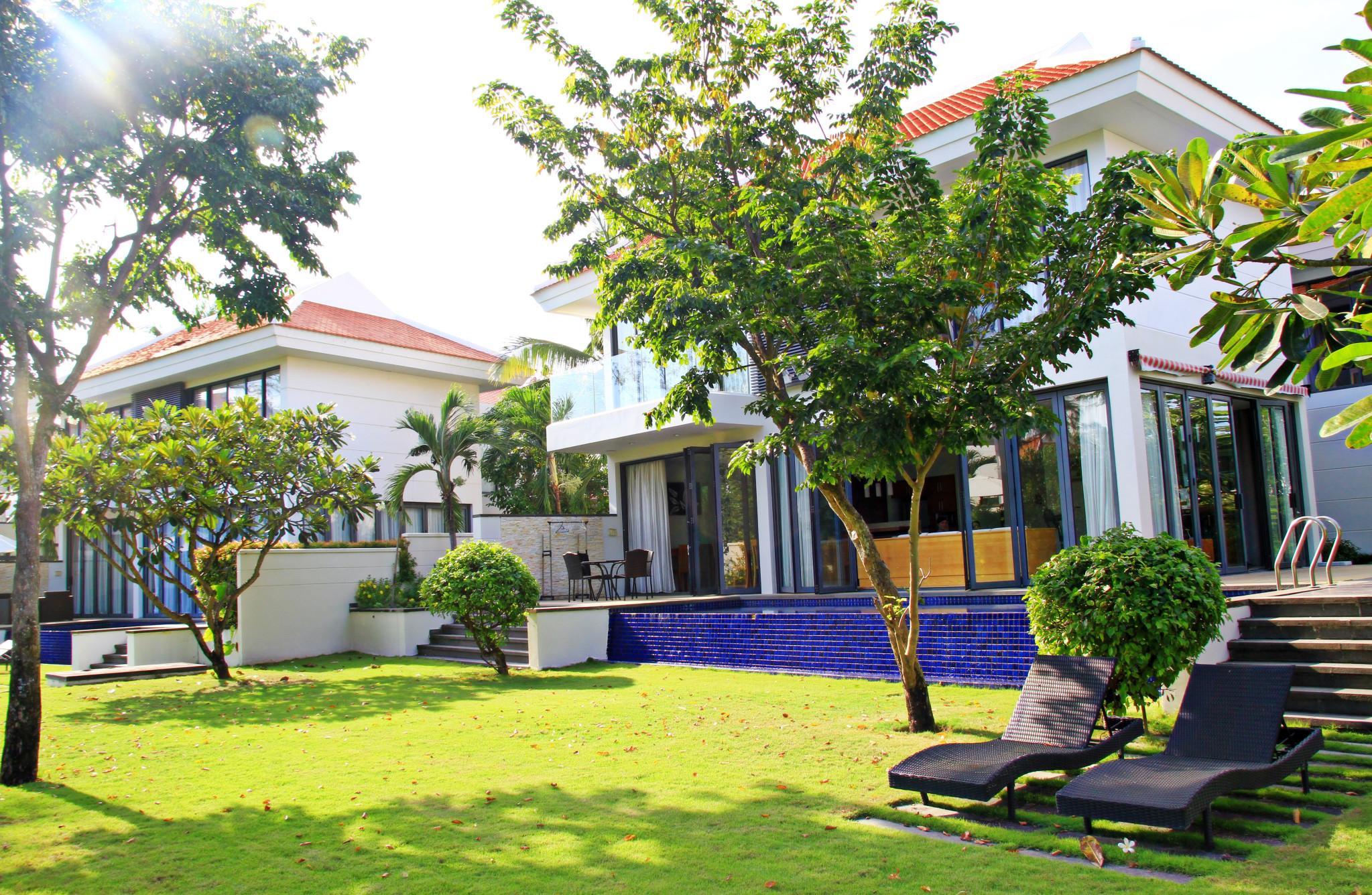 Luxury Villa 5 BR Ocean Villa  Free Pick Up
