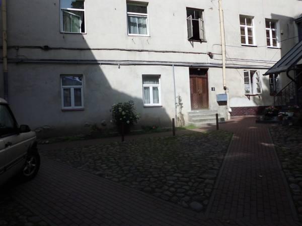 Old Town Studio Apartment