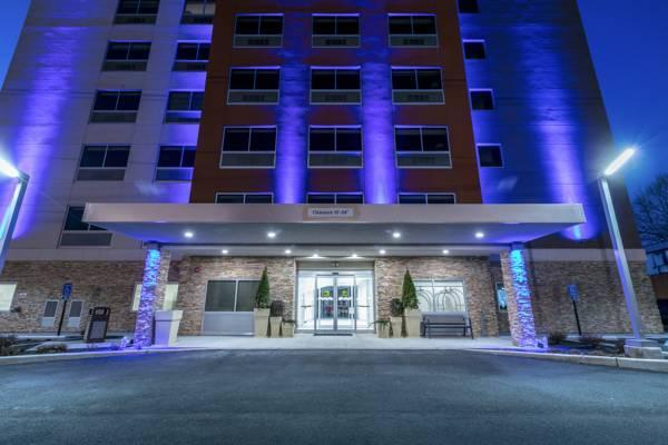 Holiday Inn Express And Suites Jersey City North   Hoboken