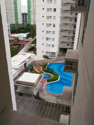 picture 4 of Fully Furnished Studio Type Condo Unit
