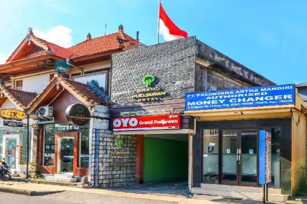 OYO 1666 Grand Pudjawan Hotel