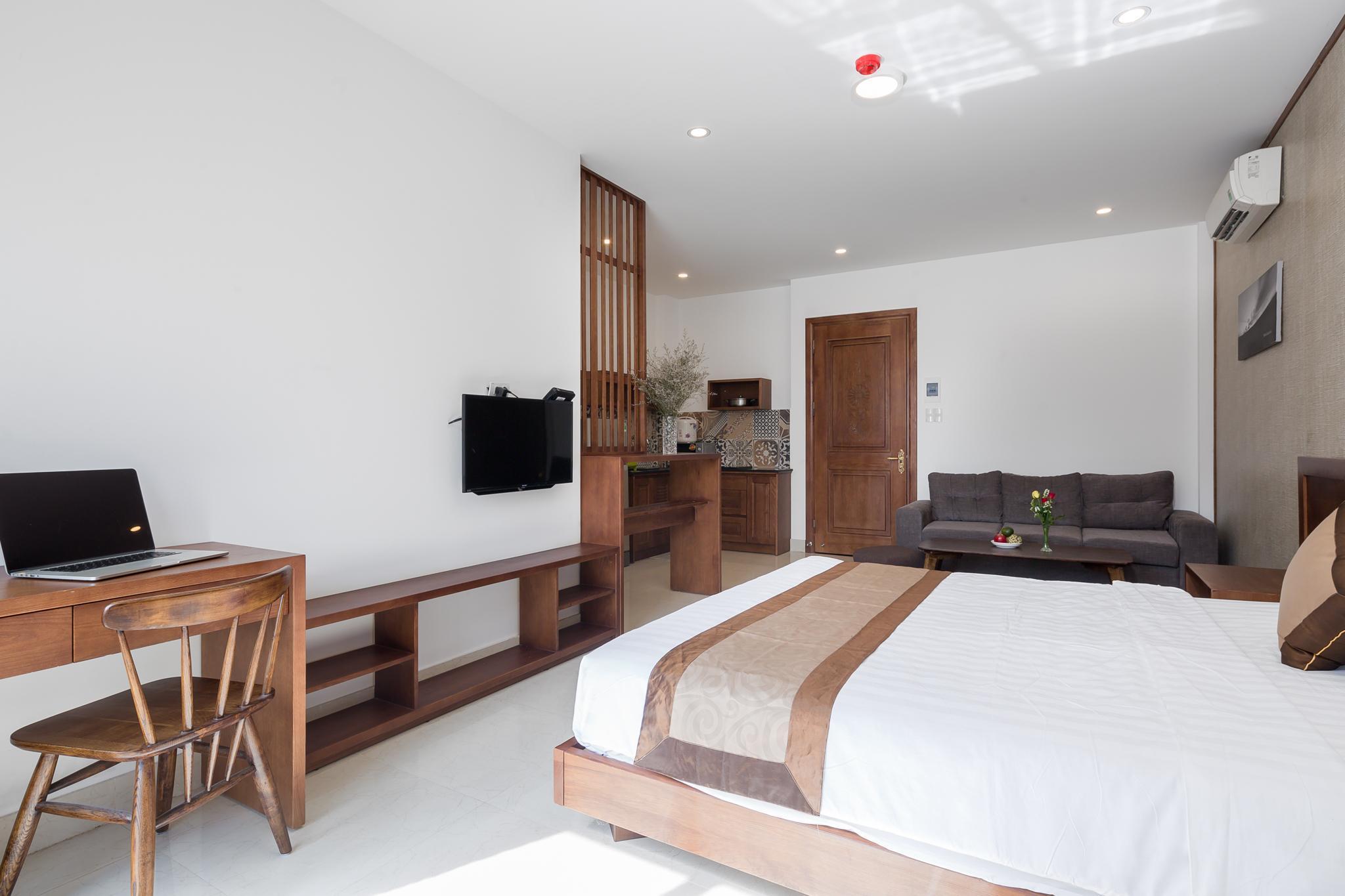 Landlord Aris Apartment  Studio Deluxe Balcony 3