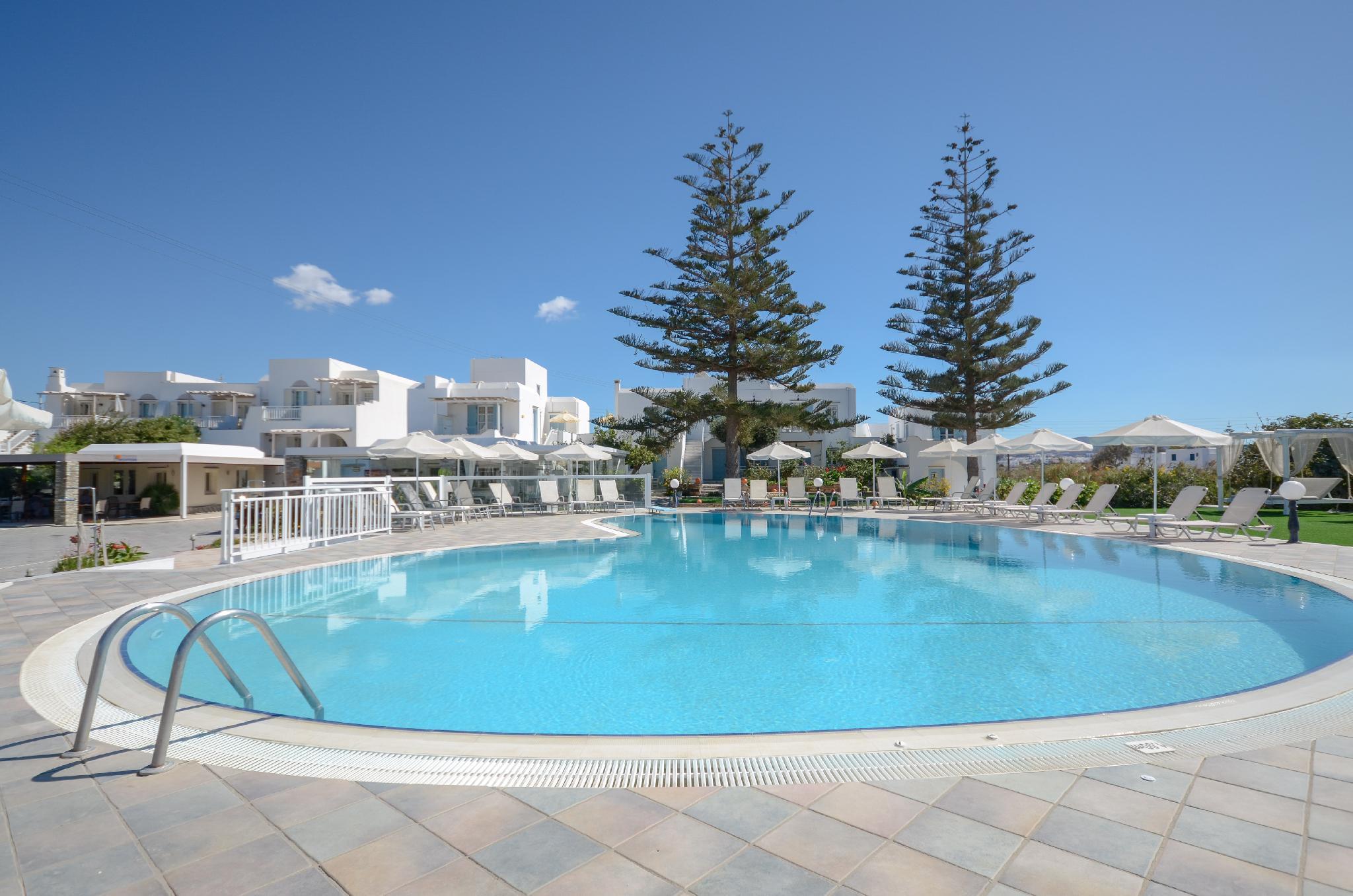 Birikos Hotel And Suites