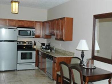 Landmark Inn And Suites