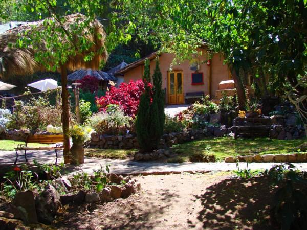 Las Chullpas Eco Lodge