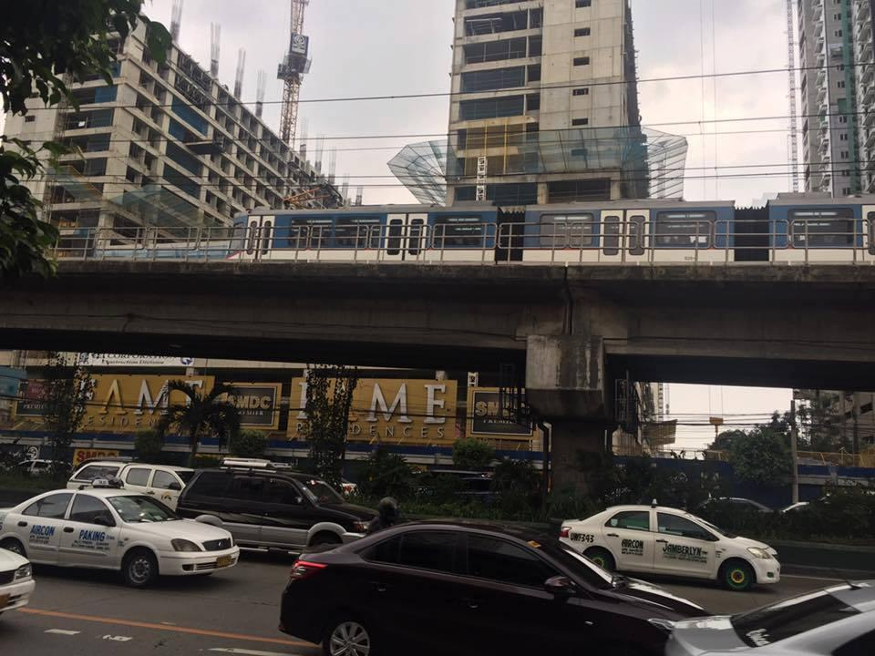 Robert's Place Edsa-Mandaluyong