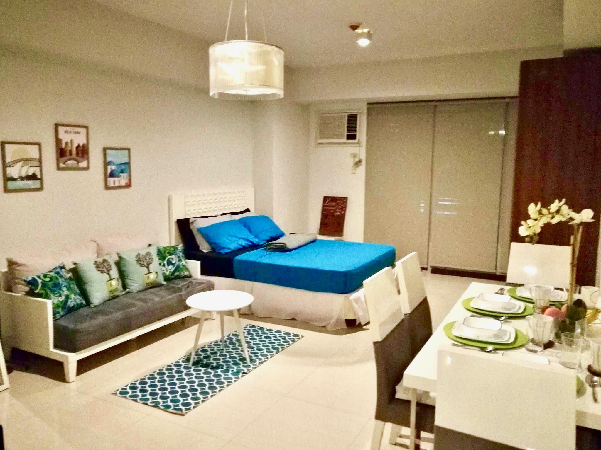 Studio With Balcony At Greenbelt Excelsior