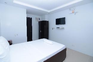 picture 5 of Obrero Suites