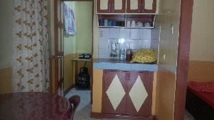picture 1 of Backpackers' Hideout