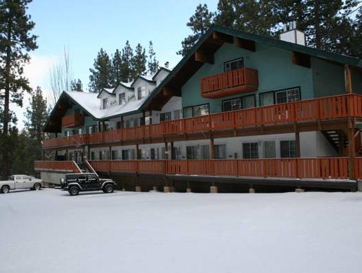 Honey Bear Lodge And Cabins