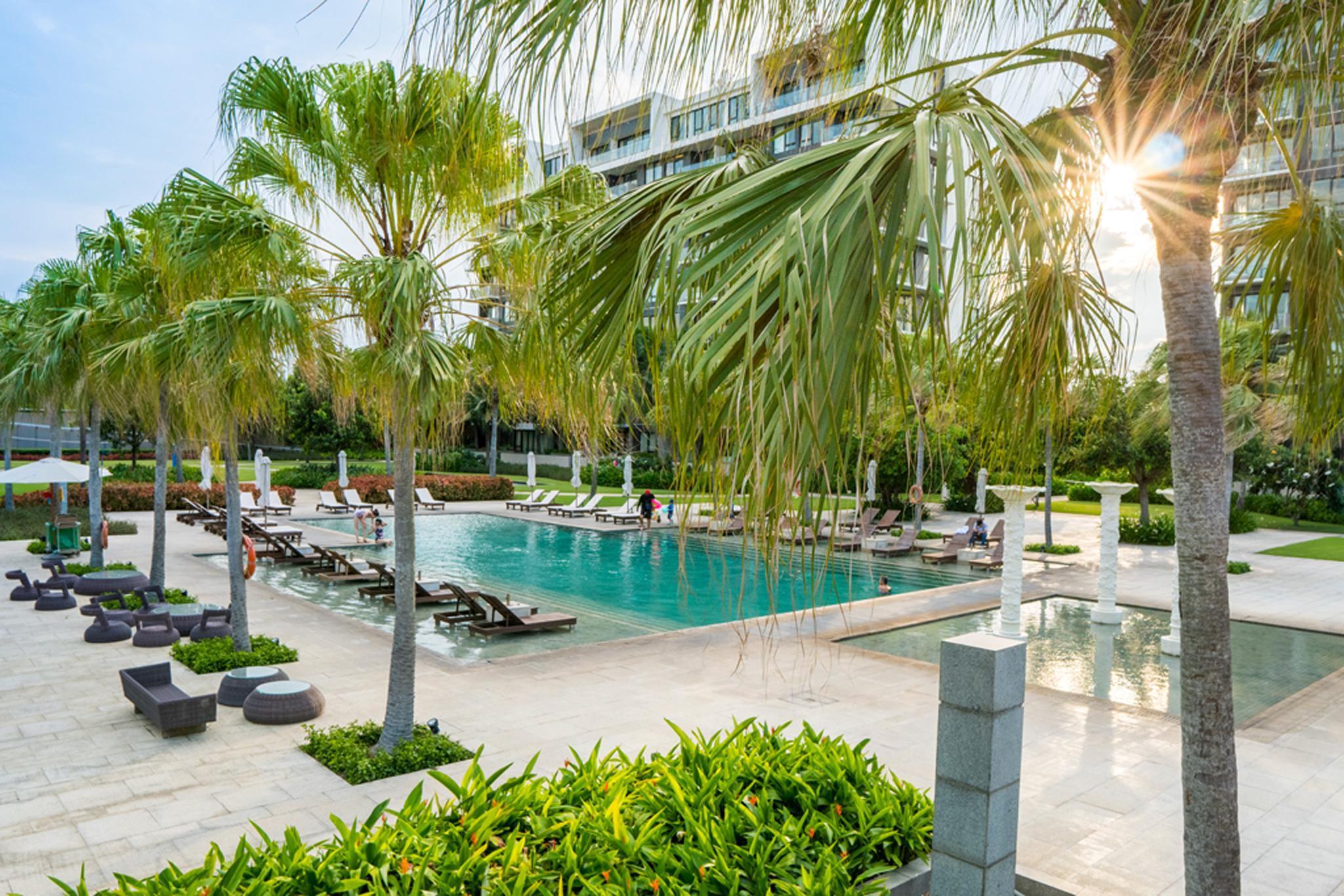 Luxury Ocean View 1BR Residences   5 Stars Resort
