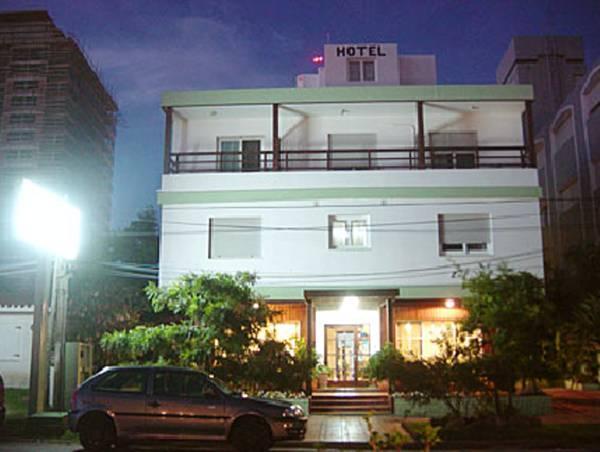 Hotel Dollar