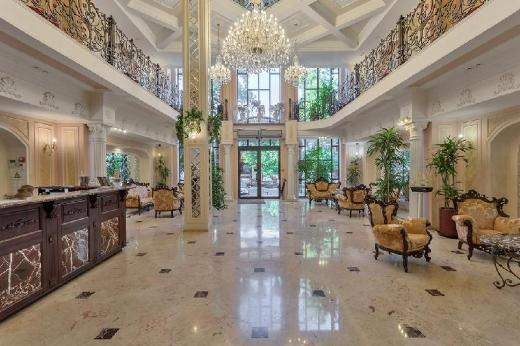 California Boutique Hotel