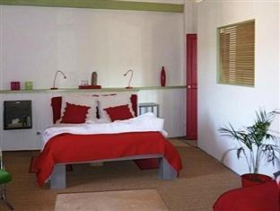 Domaine Du Soleil Couchant Bed And Breakfast