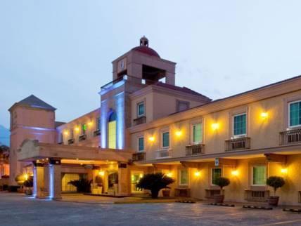 Best Western PLUS Monterrey Colon