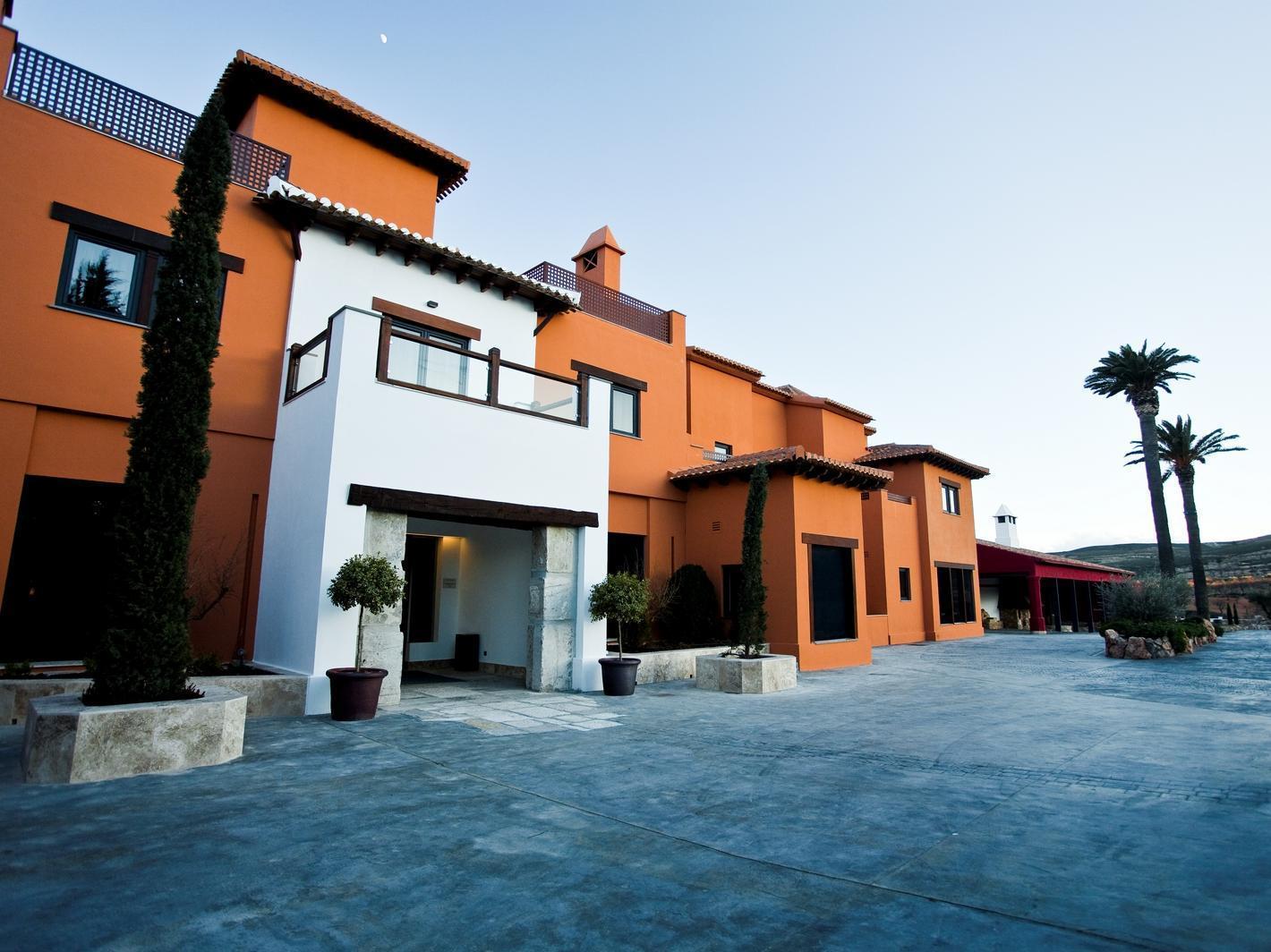 Hotel And Winery Se�or�o De Nevada