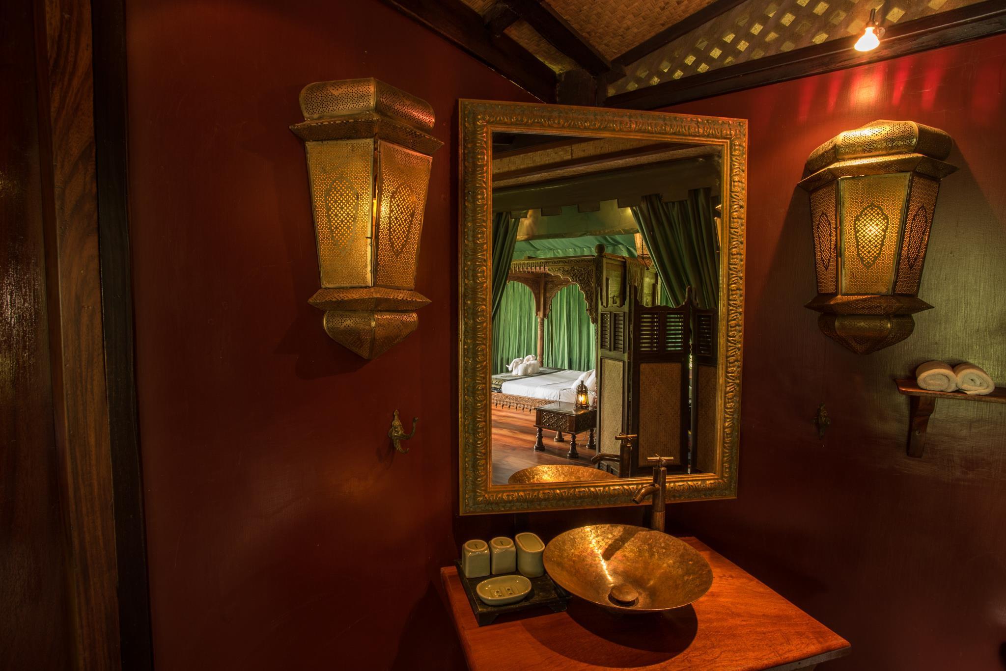 Shangri Lao Resort