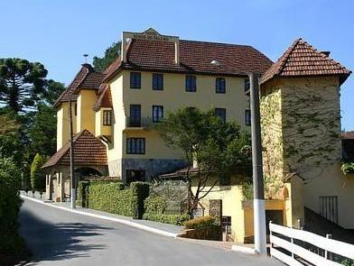 Hotel Ninho Do Falcao