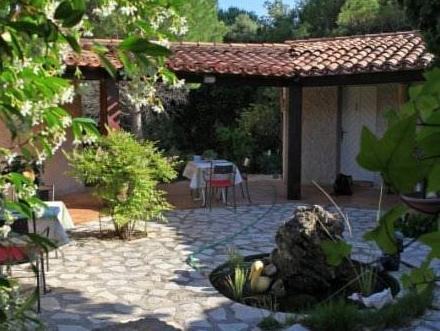 Auberge Val Moureze Hotel And Spa