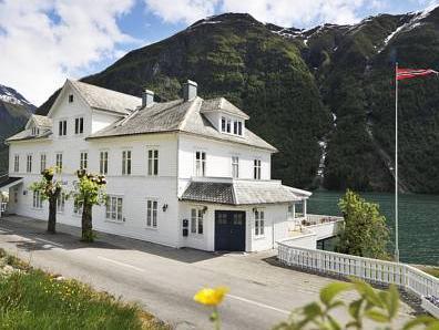 Fj�rland Fjordstove Hotell   Huseby Hotelldrift AS