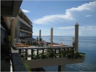 picture 3 of Vistamar Beach Resort and Hotel
