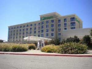 阿德莫尔会展中心假日酒店 (Holiday Inn Ardmore Convention Center)