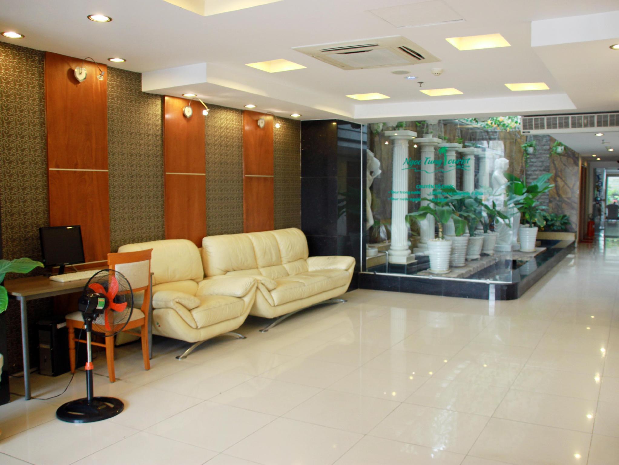 Ngoc Tung Riverside Hotel � District 07