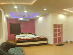 Hotel Marrina