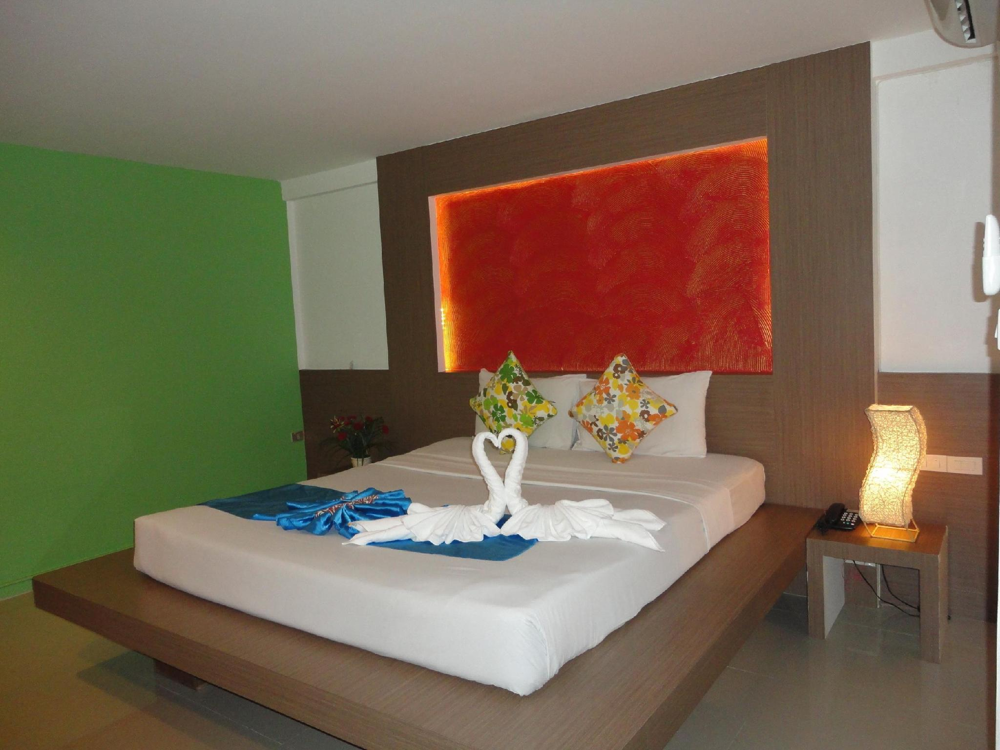 Lamoon Hotel @ Phuket ละมุน โฮเต็ล แอท ภูเก็ต