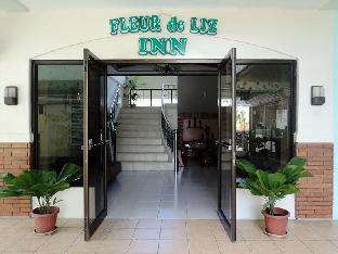 picture 1 of Fleur de Liz Inn