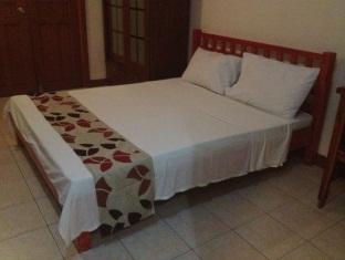 Rodellos Bed & Breakfast