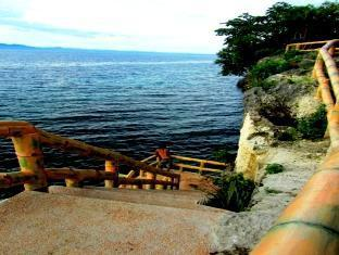 picture 3 of Alexis Cliff Dive Resort