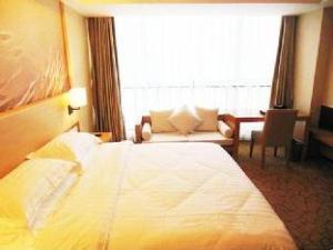 Metro Polo Jinjiang Hotel