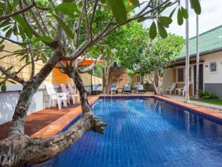 Bangtao Kanita House - Phuket