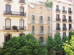 Retrome Barcelona Boutique Hotel