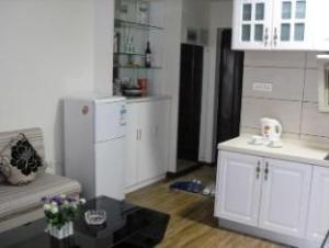 Guilin Li Show Short Rent Apartment