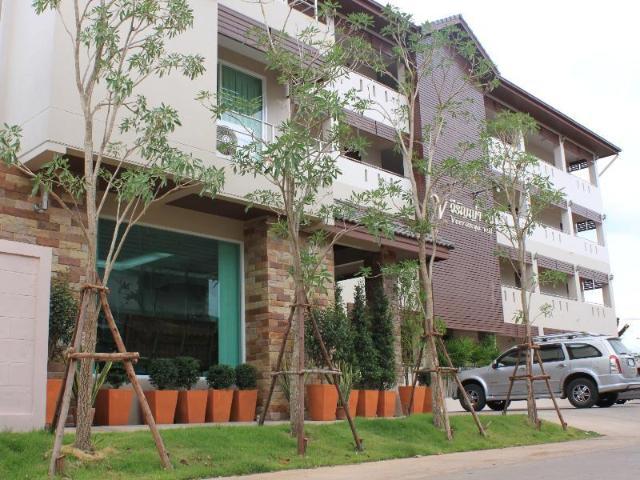 โรงแรมวิรัญญ่า วิว – Veeranya Vill Hotel