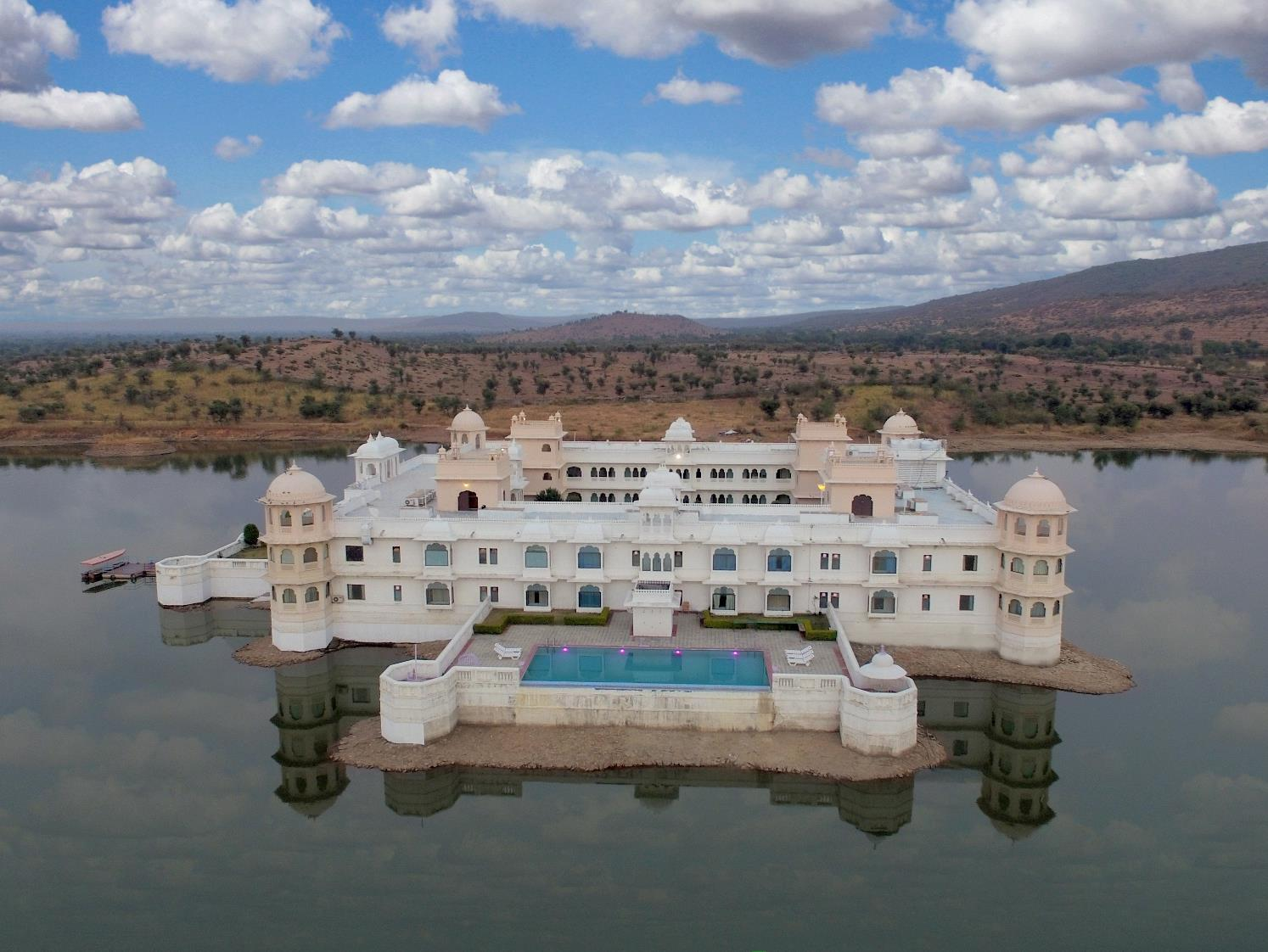 Lake Nahargarh Palace   A Justa Resort