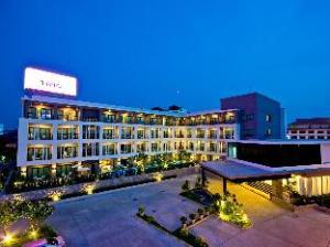트리오 호텔  (Trio Hotel)