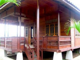 Villa Rumah Kayu