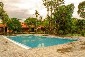 丛林世界度假村 (Jungle World Resort)