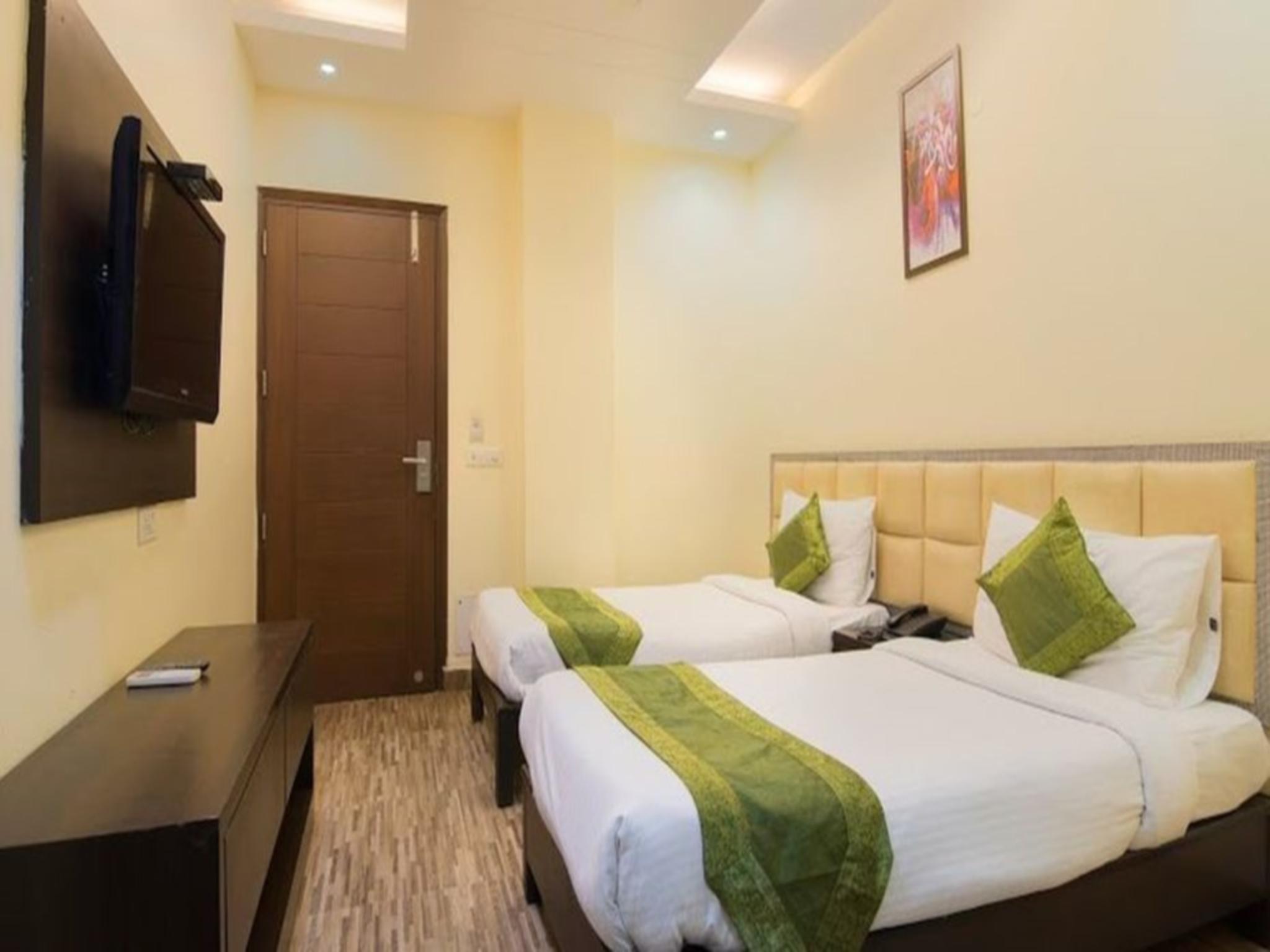 Hotel Olive Inn