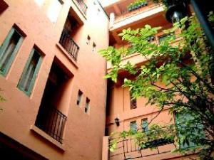Tuscany Avenue Service Apartment