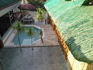 picture 2 of Coolmartin Resort