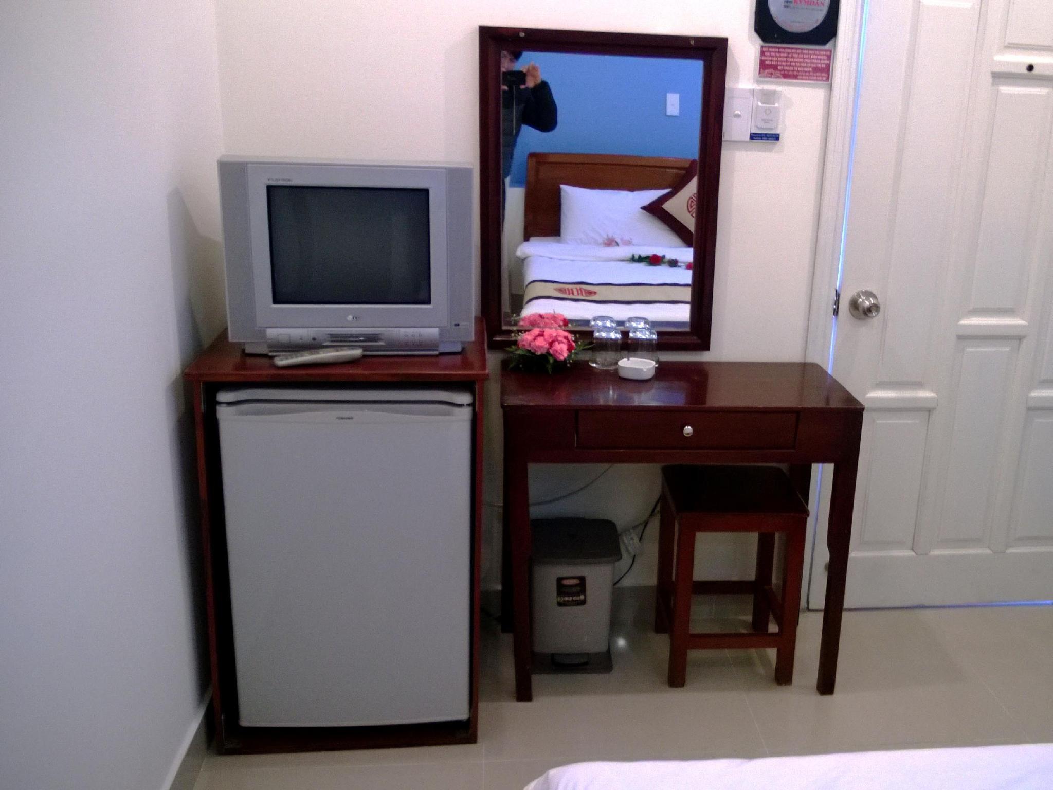 I-Hotel 5