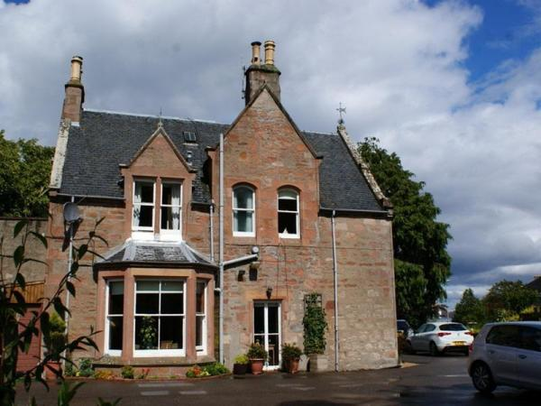 Ardmeanach House B & B Inverness