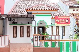 3 BR - Simply Homy Guest House Monjali 1  Yogyakarta