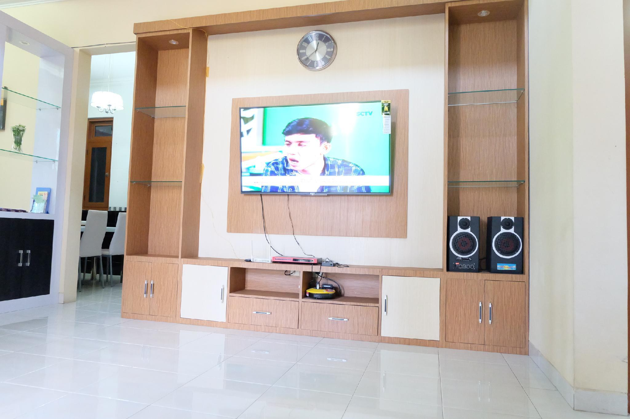 Simply Homy Guest House Pogung  3 Kamar Full AC