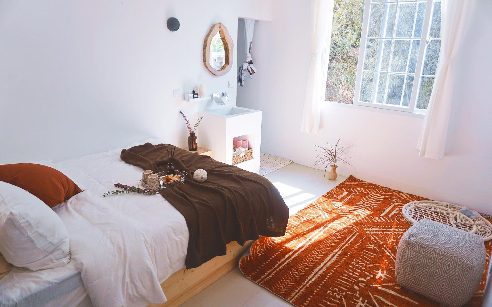 HUAQINGSU Exotic 1 Bed Studio HONGSU