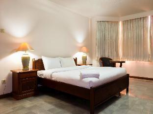 3BR Suites Type Senopati SCBD Apartment - Travelio Jakarta